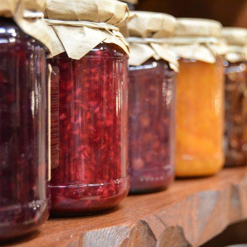 konfitura z rabarbaru i truskawek domowy przepis