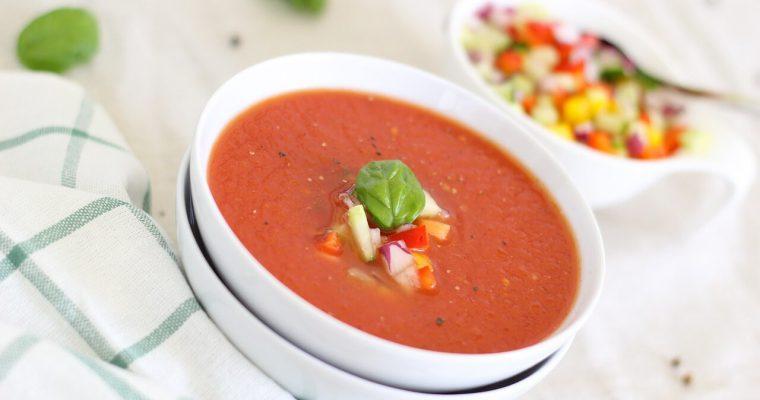 Jak zagęścić zupę pomidorową – domowe sposoby
