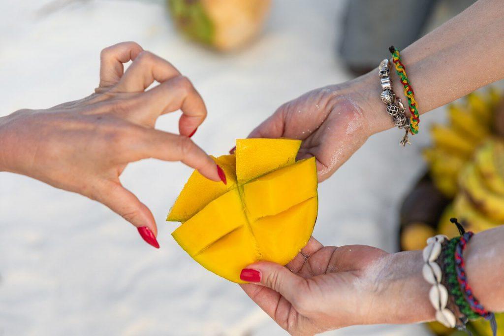 jak jeść mango