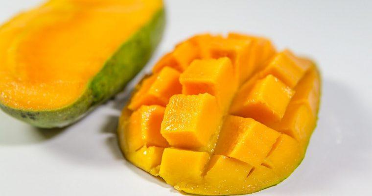 Jak obrać mango oraz jak je pokroić