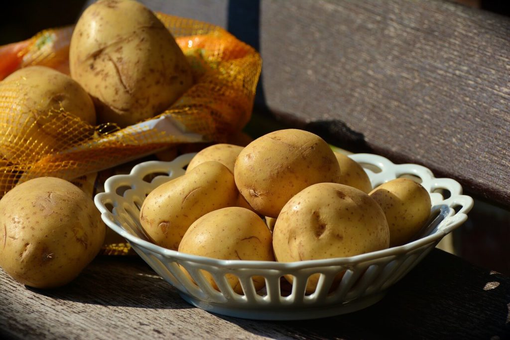 jak gotują się ziemniaki