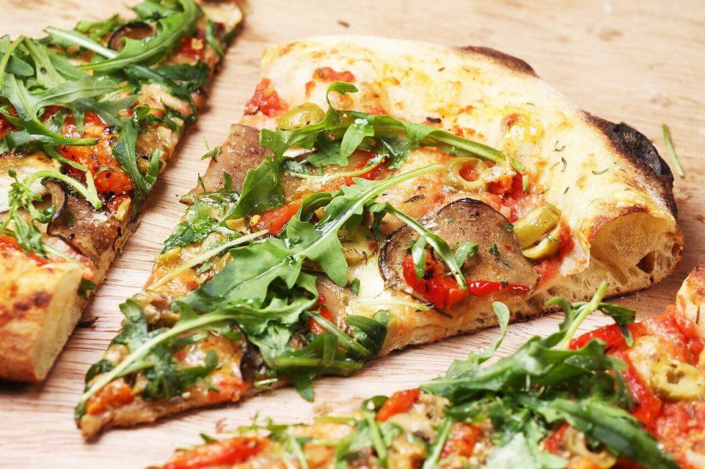 jak podgrzać pizzę w piekarniku