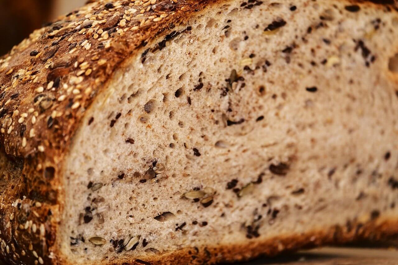 Jak przechowywać chleb ? W czym przechowywać chleb ?