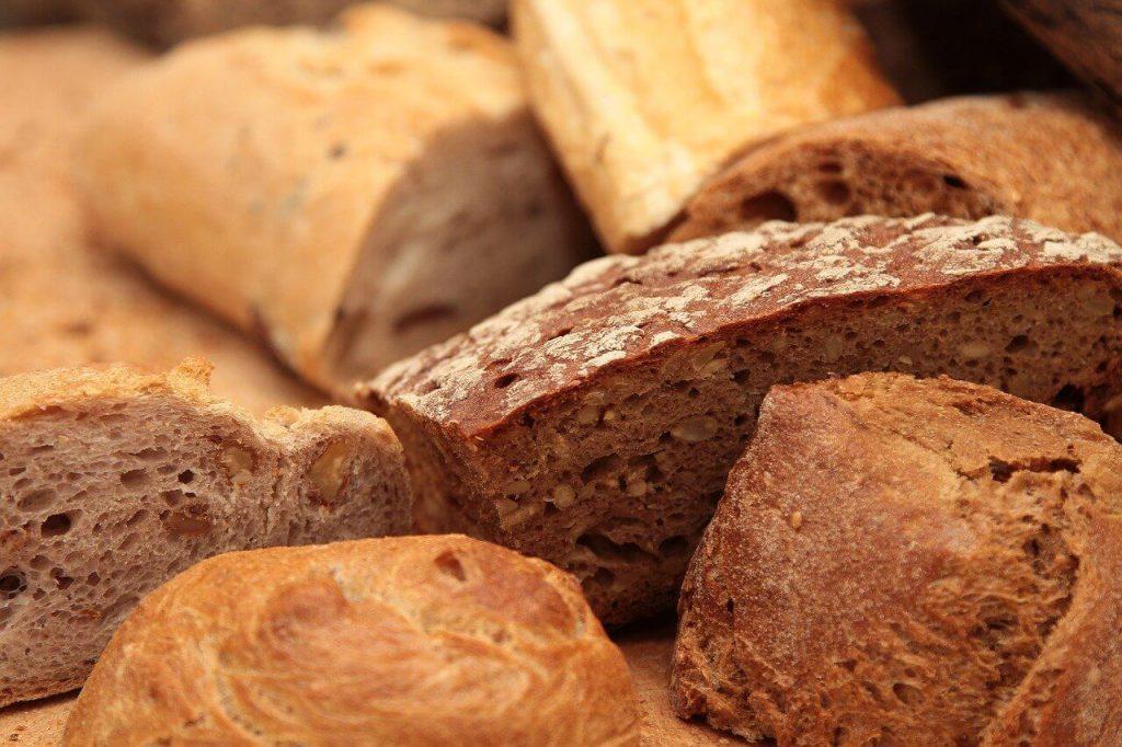 jak przechowywać upieczony chleb