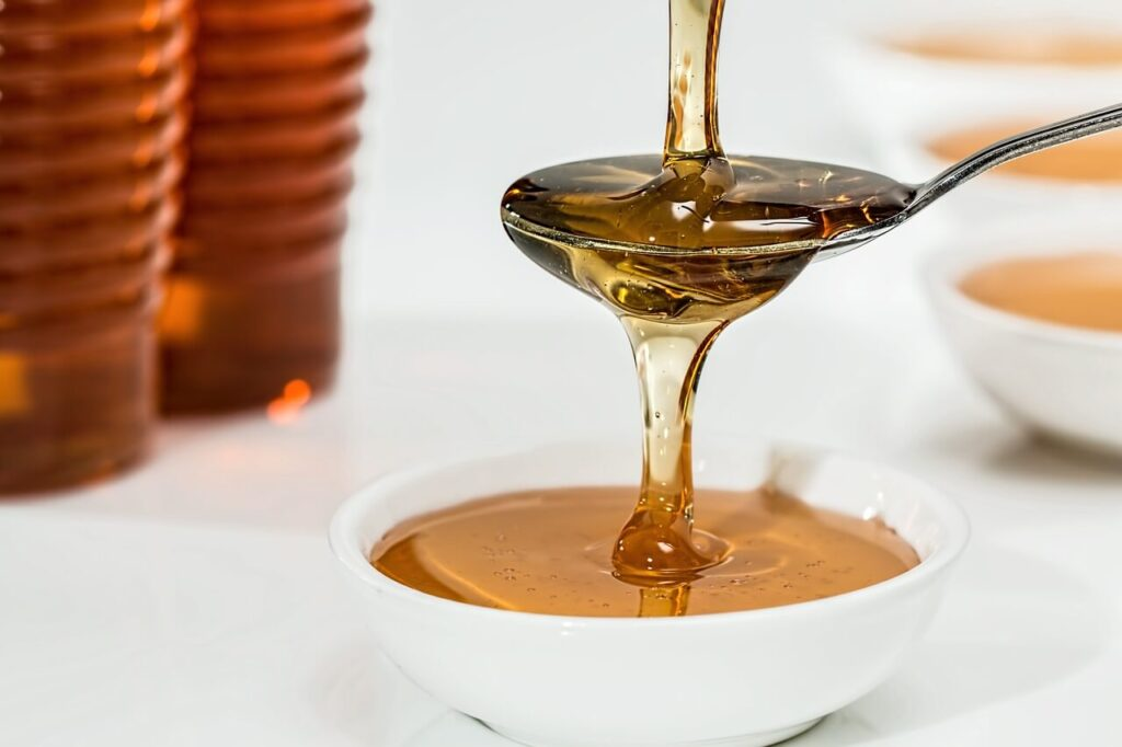 jak przechowywać miód pszczeli